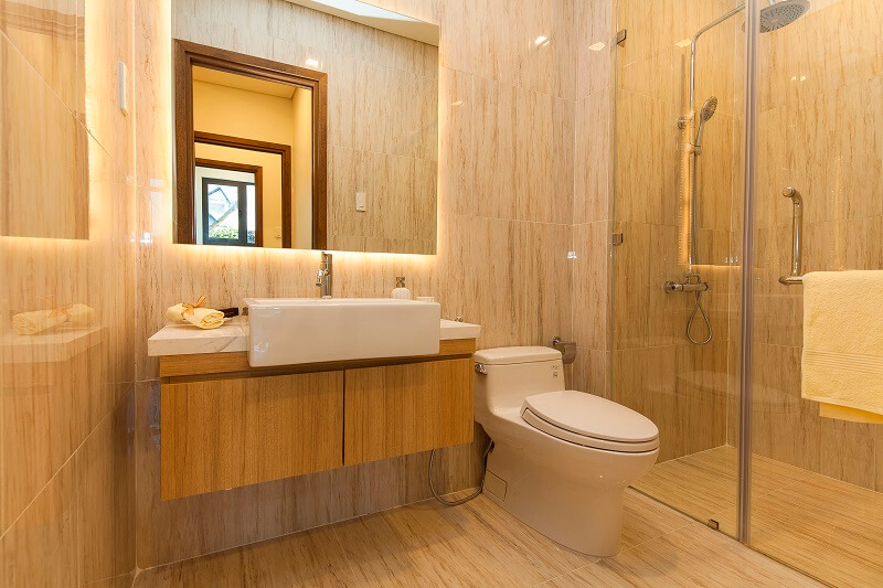 căn-hộ-the-goldenstar-phòng-tắm